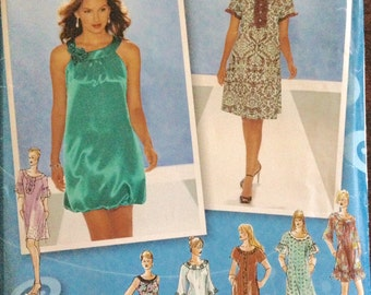 Simplicity 3529 - Project Runway Bubble Skirt Dress with Banded Collar or Short Sleeve Dress with Contrast Button Placket - Size 4 6 8 10 12