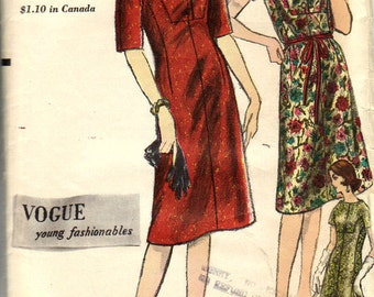 Vogue 5415 - 1960s Stand Away Neckline Dress with Shaped Bodice - Size 12