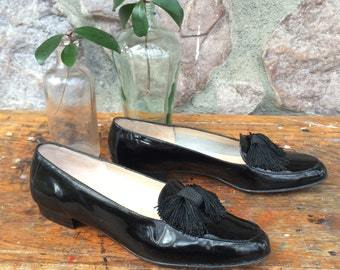 Vintage 80s-90s Salvatore Ferragamo Black Patent Leather Loafer Style Shoes with Tassel / Slide On Flats / Made in Italy / Women's Size 7AA
