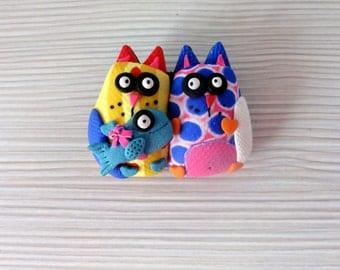Pin cats.