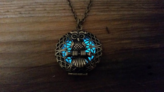 Glow Owl Locket Necklace, Glow in the Dark Glowing Owl Locket, Antique Bronze Filigree Glowing Owl Necklace, Gift for Owl Lover, Night Owl
