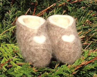 Handmade Unique Grey + Cream Merino wool felted Baby Booties.  Can be made to measure and individually personalised. New born: Size 00