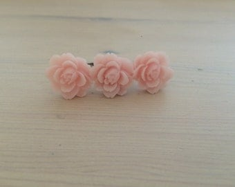 Pastel Pink Triple Flower Ring
