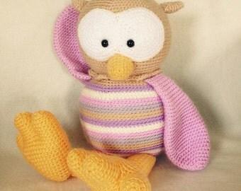 Crocheted animal Owl Floortje