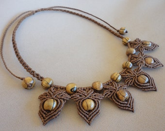 Hazelnut Forest - macrame necklace with wooden beads