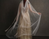 Wedding crown veil, floral bridal headpiece, antique veil, ivory flower crown, art nouveau crown, wedding hair accessory, circlet - Louisa