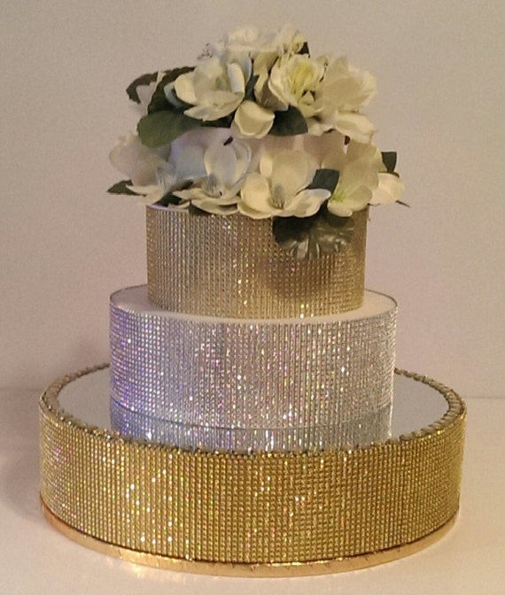 18 round gold wedding cake stand gold bling cake stand 18 cake stand with a 10077