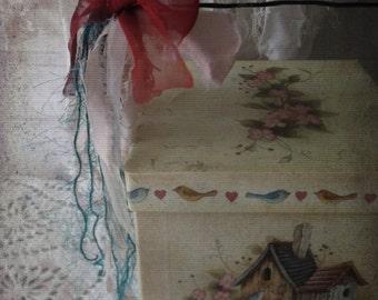 Vintage Rustic Charm Shabby Nesting Boxes. Set 3 Nesting Boxes. Housewarming Gifts. BirdNest Birdhouse Dogwoods
