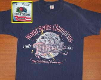 Minnesota Twins 1991 World Series Champions vintage t-shirt M navy blue 90s MLB baseball
