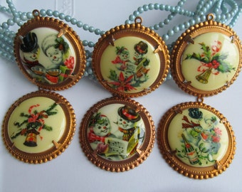 Vintage Old Fashion Christmas Cabochons In Brass Setting