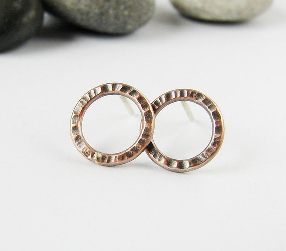 Copper circle stud earrings. Textured copper and sterling silver studs. Small minimalist earrings. Rustic patina jewelry.