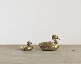 Vintage Brass Mother and Baby Ducks - Brass Figurines - Ducks - Brass Ducks