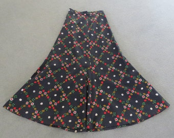 70s Novelty Print Apple Maxi Skirt / Small Medium / Boho / Hippie / Costume