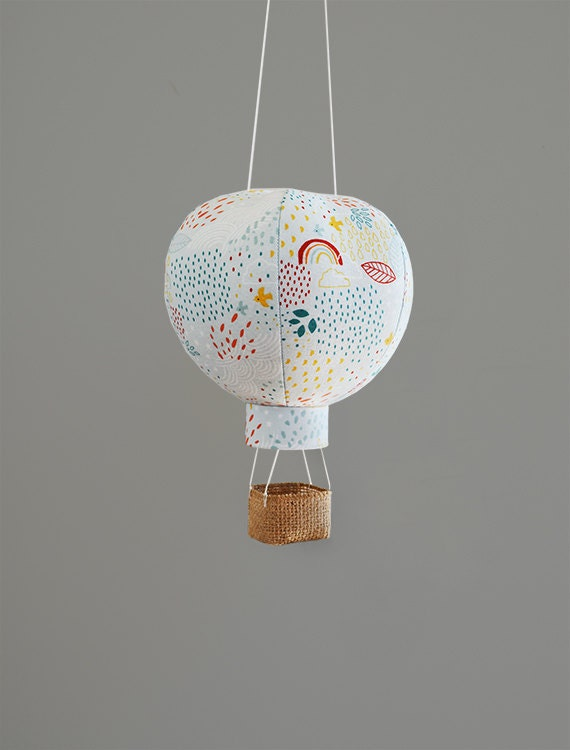 hot air balloon decor travel nursery decorations baby gifts. Black Bedroom Furniture Sets. Home Design Ideas
