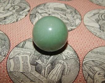 Genuine GREEN AVENTURINE Sphere - Aventurine Orb Sphere - 30 mm Gemstone Sphere - Metaphysical Crystals - Reiki - Meditation Stone - Scrying