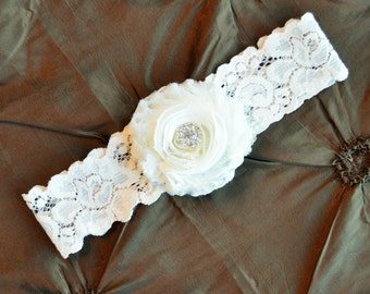 IVORY Wedding Garter, Ivory Bridal Garter, Ivory Lace Garter, Toss Garter, Ivory Garter Wedding, Shabby Chiffon Rosette Ivory