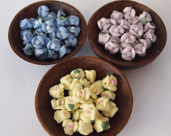 30 Clay Roses Bead Mix 10 of Each Colour Yellow Cornflower Blue Mauve Size 7 - 9mm