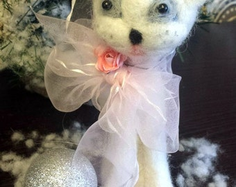 Thin cat, toy cat, toy from wool,cat with fish,white cat
