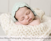 Baby Girl Clothes, Baby Bonnet, Crochet Hat, Layette, Coming Home Outfit, Winter Hats, Newborn Hats, Baby Shower Gifts, Baby Hats, New Baby