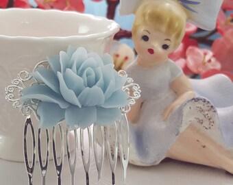 Light Blue Hair Comb ~ Something Blue Gift ~ Silver Wedding Hair Comb ~ Cinderella Wedding ~ Ice Blue Flower ~ Baby Blue Bridesmaid H2011