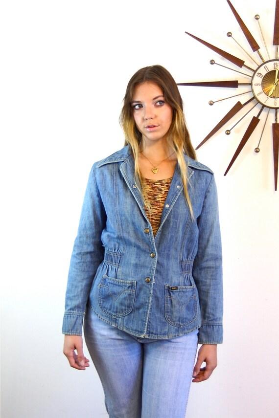 Ladies LEE Jean Denim Jacket 70s Vintage Retro Fitted Disco Blazer Elastic Waist Women's Cut Hippie 1970s The Get Down Tight Faded Blue Jean