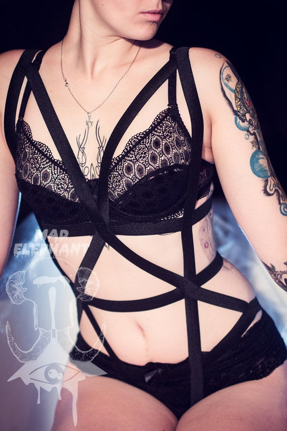 Attention-grabbing harness bra and fashion body harness on sale. What better way to get that edgy look than to envelope yourself in a sexy set of harness cage bras.