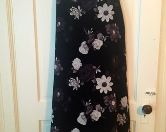 1990's Floral Maxi Skirt////Free Shipping
