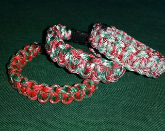 Christmas Colors Paracord Bracelet, Red, Green, and White Paracord, Holiday Paracord Bracelet