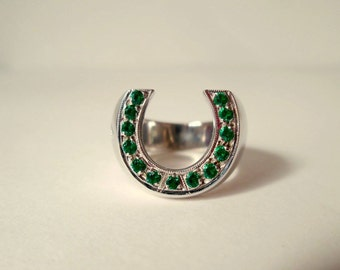 Horseshoe ring collection green