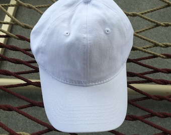 Plain White Hat With Metal Adjustable Buckle