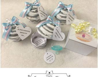 Pregnancy Announcement with Pacifier Cupcake with Baby's First Picture, Bun in the Oven Pregnacy Announcement