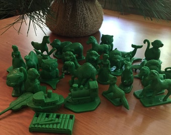 Vintage Toy Game Pieces Green Toys Vintage Animal Chess
