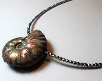Hematite necklace rhodium plated with petrification