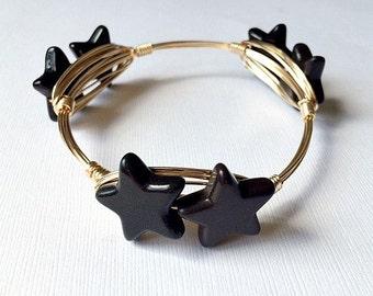 Black star bangle bracelet, wire wrapped bangle bracelet, star jewelry, star bracelet