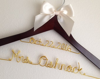 SALE!!! Personalized Wedding Hanger With Date And Bow, Bridal Gift, Bridesmaid Gift, Flower Girl Gift