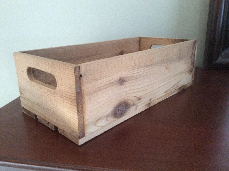 Small wine crate replica gift box in reclaimed cedar for Small wine crates
