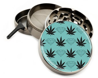 """Diamond & Weed 4 Piece Zinc Titanium Premium Grinder 2.5"""" Wide Diamonds Herb Herbal Spice - Your choice of Green or Gray Color Pattern!!!"""