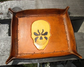 Personalized Leather Valet Tray. Skull ,  Dresser Tray, Desk Tray, Change tray, leather bowl trinket tray