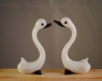 Vintage snow goose glass miniature  figure,set of 2