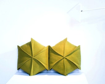 "Set of 2  Pillow / Geometric Pillow / Felt Pillow / Living Room Decor / Modern  Pillow / Hexagon / 18"" x 18"""