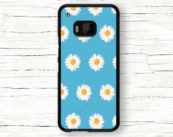 HTC ONE M9 Case - Daisies on blue background