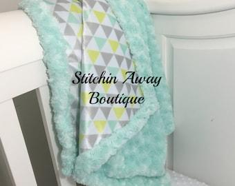 Minky baby blanket, baby blanket, swirl minky baby blanket, geometric baby blanket, mint baby blanket, toddler blanket, Crib blanket,