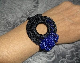 Black beaded, crocheted bracelet #190