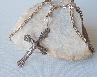 Silver Cross  Pendant and Chain Necklace Crucifix Cross Religious Necklace,Jesus Cross, Vintage Cross Necklace,Retro Jewelry, Catholic Cross