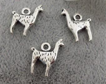 13x17mm antique silver alpaca charm pendant animal charm pendant MT0512
