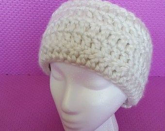 Whitell crocheted Headband