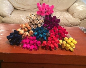 Wooden roses, handmade all colors absolutely beautiful buy one dozen or more!!