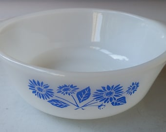 Anchor Hocking Fire King Cornflower 12 oz Bowl
