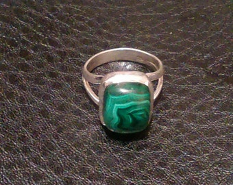 Sterling Silver Malachite ring size 7