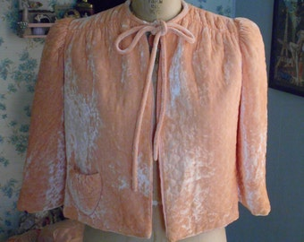 Beautiful 1940's Peach Quilted Velvet Bed Jacket